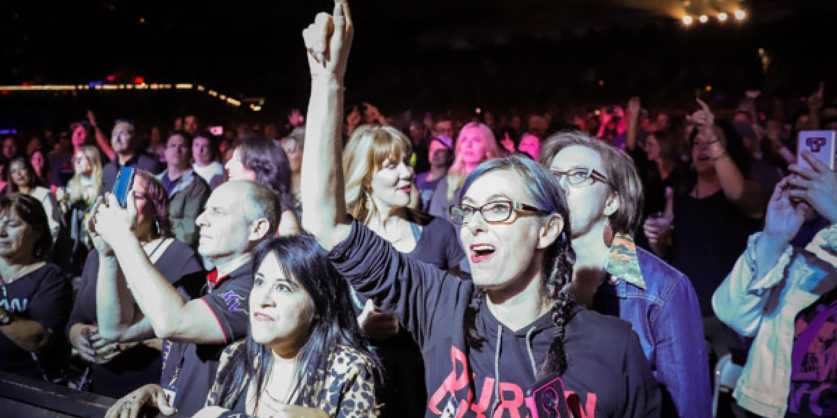 Duran Duran crowd shot at Lake Tahoe show