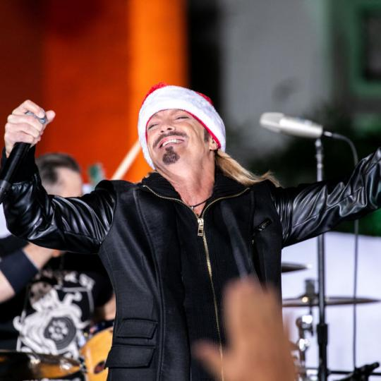 Bret Michaels performs at the 88th Annual Hollywood Christmas Parade on December 01, 2019 in Hollywood, California. (Photo by John Wolfsohn/Getty Images)