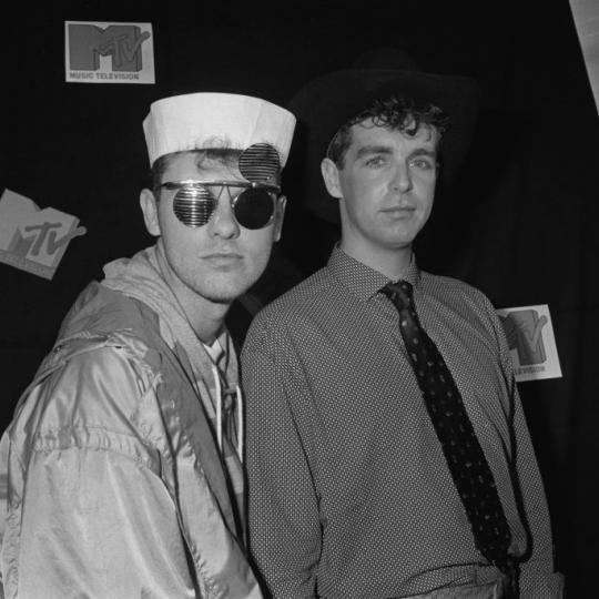 English synth-pop duo the Pet Shop Boys at the MTV Video Music Awards in Los Angeles, 5th September 1986. They are Chris Lowe (left) and Neil Tennant. (Photo by Vinnie Zuffante/Michael Ochs Archives/Getty Images)
