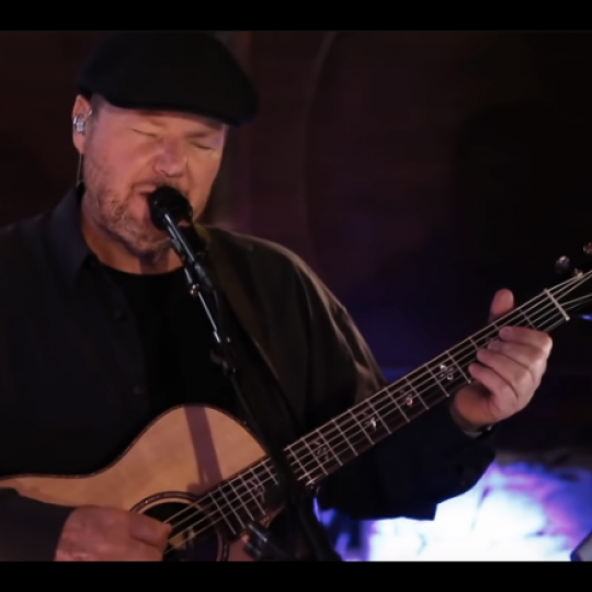 "Christopher Cross performs ""Sailing"" in 2020."