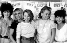 "(L-R) Bassist Kathy Valentine, Guitarist Charlotte Cafffey, drummer Gina Shock, singer Belinda Carlisle, and guitarist Jane Wiedlin of the rock band ""The Go-Go's"" at a press conference in circa 1984. (Photo by Michael Ochs Archives/Getty Images)"