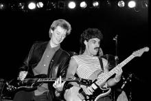 (MANDATORY CREDIT Ebet Roberts/Redferns) Hall & Oates, Daryl Hall and John Oates, performing on tour in May 1980. (Photo by Ebet Roberts/Redferns)