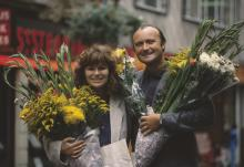 Julie Walters and Phil Collins in 'Buster.'